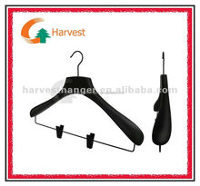 black suit hanger with locking round bar