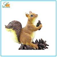 Superior Quality Funny Small Resin Squirrel Animal Figurines