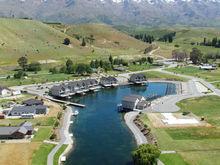 New Zealand Lake Side Villa