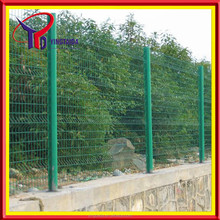 2015 hot sale Professional green painted Welded Wire Fence Panels