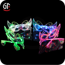 New Designer Chinese Merchandise Plastic Butterfly Shaped Flashing Led Sunglasses