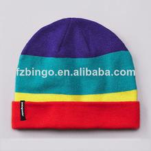 a medida de alta calidad personalizados niñas ganchillo beanie sombrero con el parche de tejido
