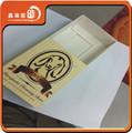 Moda y el nuevo diseño de papel de los partidos caja