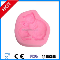 Small animals fondant molds The cat and dog pig fish bird baking cake silicone mold