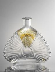 SPIRIT 750ML LUXURY GLASS CRYSTAL GLISTENING BOTTLE FOR SLOE RUM IN SPLENDID DECAL