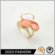 Cheap Lucky 3 Stone Bezel Setting Finger Design for Couples Gold Rhinestone Ring/