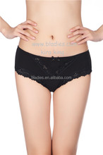 2015 Stay comfortable middle Waist Mature Women Underwear Bamboo Fiber Underwear Sexy Black Lace Panties