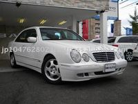 Mercedes-Benz E320 Avant-Garde used car Year 2000