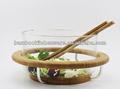 ensalada de bambú con el servidor