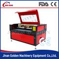 Las artes y artesanías y regalos de máquina de grabado láser para el grabado o corte de piel, mdf, de madera, de acrílico