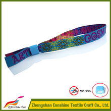 Custm popular cheap spring festival decorations for promotion