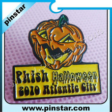 Custom new yellow halloween pumpkin soft enamel pin badges