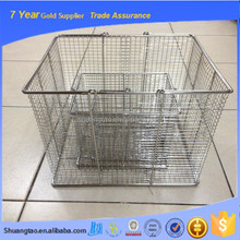 Fashion design medical instrument cleaning baskets, stainless steel wire mesh sterilizing basket