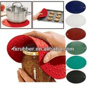 Super thick and food grade silicone heat resistant pan mats