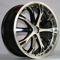 big chrome wheel rim with black spokes