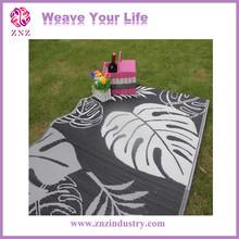 ZNZ fashion new hot polypropylene carpet folding mat folded beach mat