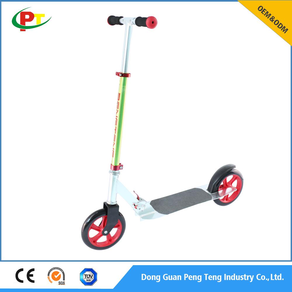 Commercio all'ingrosso 205mm pu ruote scooter calcio adulti