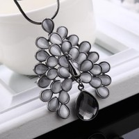 Promotional Pendant Jewelry Fashion Hot Time Peacock Crystal Necklace