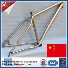 Cuadro de bicicleta MTB de titanio