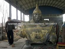 el hombre de bronce del busto
