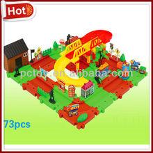 Plastic train puzzle set