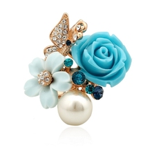 Female hand jewelry pearl diamond flower type ring factory directly sale
