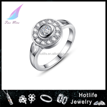 2015 fashion hot sale cubic zircon inlaid copper ring women