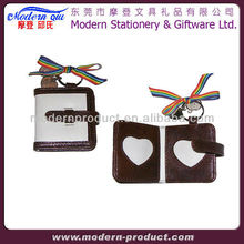 Funny heart shaped photo frame pendant