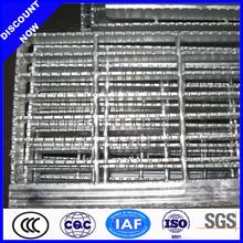 Galvanizado barra de acero rejas panel ( fabricación y exportación )