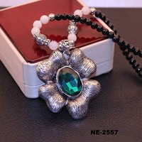 New Arrival Tin Alloy Flower Shape Pendant Necklaces Jewelry