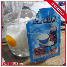 Funny Instant Man-Made Snow Magic Christmas Toy Gift for Children Kids
