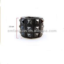 la moda de nueva buena calidad espárragos punk textura tramo de aleación anillo del dedo