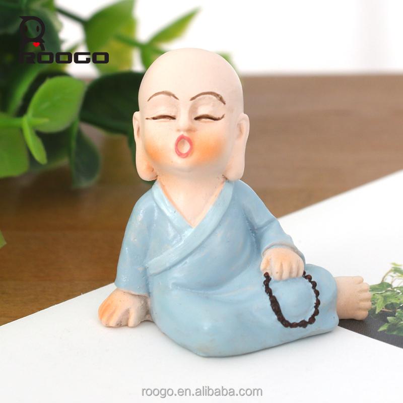 Roogo résine décoration de la maison/forme d'argile moine bouddhiste pour vente