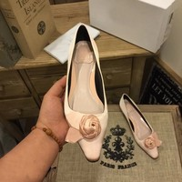 Mooco beautiful 4cm low heels shoes pink flower bridal shoes fashion brand party shoes for women