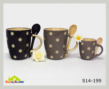 hand painting grey and black color ceramic mug with spoon
