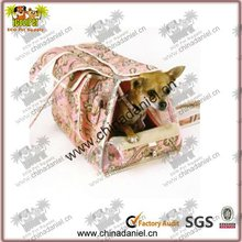 2012 Fashion and cute design dog bed