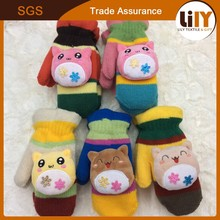 2015 wholesale cute heating knitted gloves