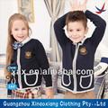 Alunos uniforme/as crianças na escola uniforme/uniformes para venda na escola