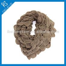 venta caliente baratos de moda acrílico bufanda del lazo