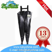 New design rubber fishing waders for aquaculture