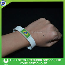 The Most Popular LED Lighting Silicone Festival Bangle For Sports Party, Wholesale Festival Bangle Wiht Logo For Promotion