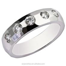 Wedding men's rings, classic bezel setting gold ring designs for men