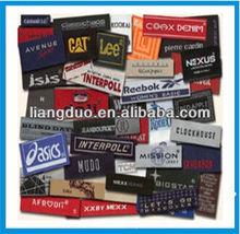 Auto-adhesivo de etiquetas de la ropa