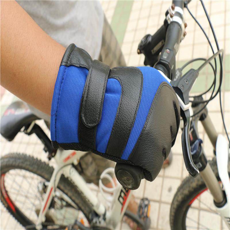 Sport Gloves15.jpg