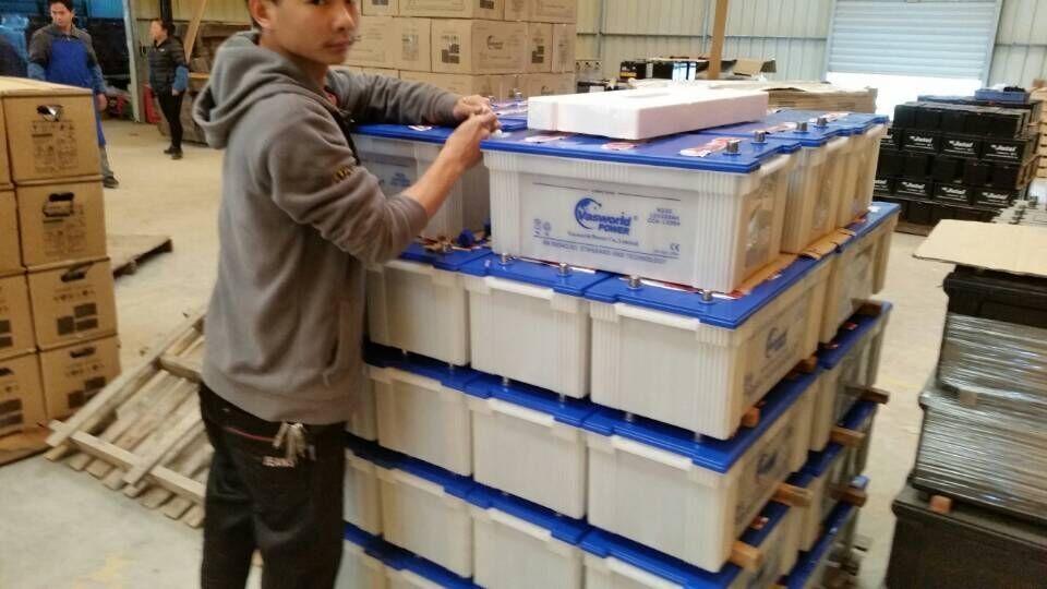 Горячая продажа 12v170ah сверхмощный dry взимается авто грузовик батареи 24 В для грузовиков начиная