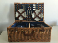 Picnic Basket for 6 Persons Large Wicker Basket with Lid
