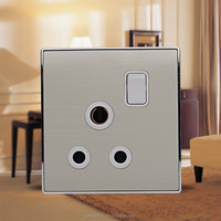 Electrical Outlets UK Standard Metal 3 Round Pin 15 amp Socket with Switch