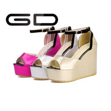 Stylish design Women Wedge Sandals Brand Rome Casual Fashion Platforms Ultra High Heels Open Toe Shoes Women Pumps