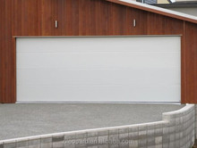 White house garage door / Smart sectional small house