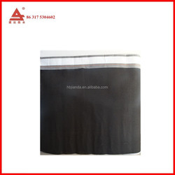 waterproof membrane under the roofing shingle for wooden house